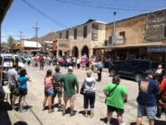 Mock gun fight in Oatman